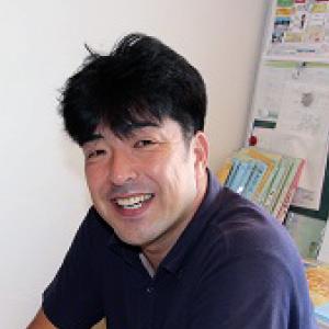建材部 勝 伊智郎